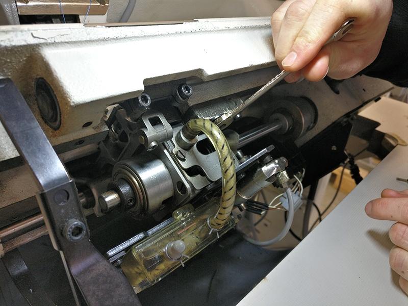 reparation af industri symaskiner